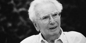 Portrait of austrian psychologist Viktor Frankl, Photograph, 1994