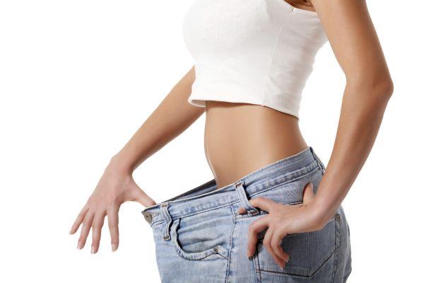 O transformare uimitoare – A reusit sa slabeasca jumatate din greutatea corporala!