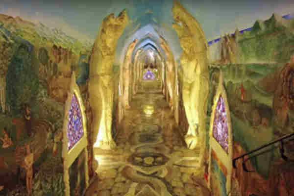In inima Muntilor Alpi exista o vasta retea de temple psihedelice uimitoare!