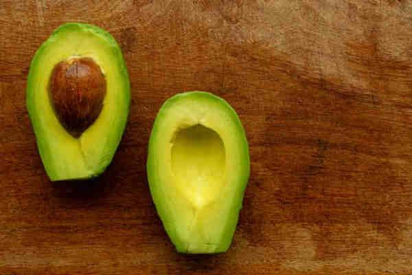 Iata ce se intampla daca mananci un avocado in fiecare zi!